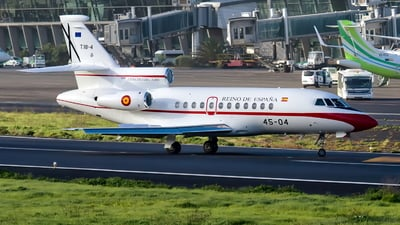 T.18-4 - Dassault Falcon 900B - Spain - Air Force