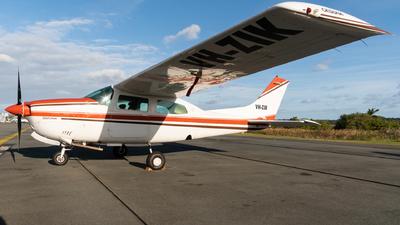 VH-ZIK - Cessna 210N Centurion II - Private