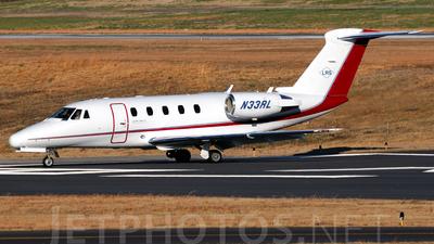 A picture of N33RL - Embraer Phenom 300 - [50500426] - © Agustin Anaya