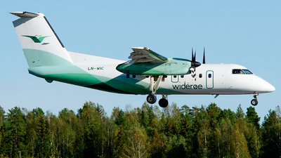A picture of LNWIC - De Havilland Canada Dash 8100 - Wideroe - © Laszlo Fekete