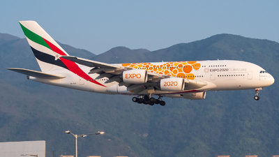 A6-EOV - Airbus A380-861 - Emirates