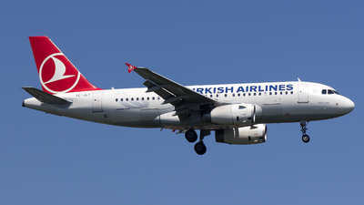 TC-JLT - Airbus A319-132 - Turkish Airlines