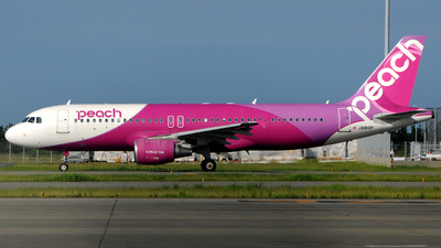 JA810P - Airbus A320-214 - Peach Aviation