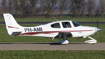 PH-AMI - Cirrus SR20 - Private