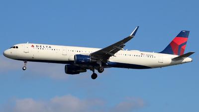 N355DN - Airbus A321-211 - Delta Air Lines