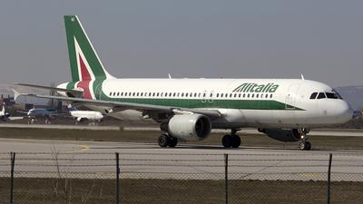 A picture of IBIKI - Airbus A320214 - Alitalia - © Ulik Zhakypov