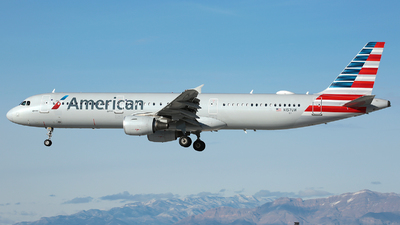 A picture of N157UW - Airbus A321211 - American Airlines - © R. Eikelenboom