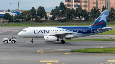 A picture of CCCQK - Airbus A319132 - LATAM Airlines - © Cristian Quijano