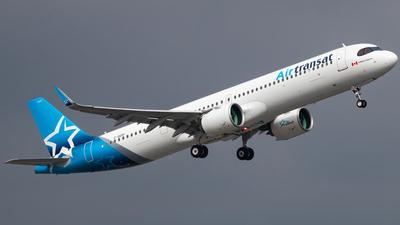 A picture of CGOIH - Airbus A321271NX - Air Transat - © CJMAviation