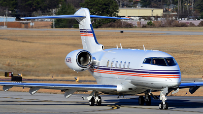 N28FE - Bombardier BD-100-1A10 Challenger 300 - Federal Express Leasing