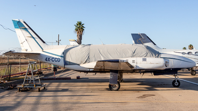 A picture of 4XCCD - Piper PA31350 - [317652166] - © noamh