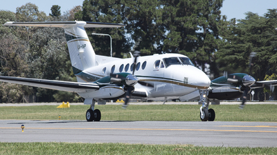 LV-IVP - Beechcraft B200GT Super King Air - Private