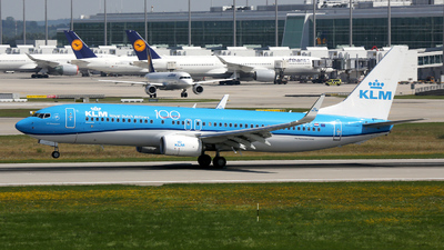 A picture of PHBCG - Boeing 7378K2 - KLM - © Stefan Mayer