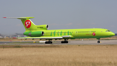 RA-85829 - Tupolev Tu-154M - S7 Airlines