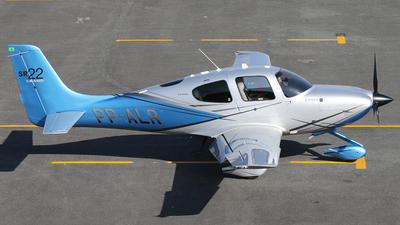 PP-ALR - Cirrus SR22 Grand - Private