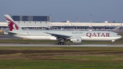 A picture of A7BEV - Boeing 7773DZ(ER) - Qatar Airways - © claudio ponti
