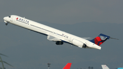 N911DA - McDonnell Douglas MD-90-30 - Delta Air Lines