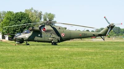 734 - Mil Mi-24V Hind E - Poland - Army