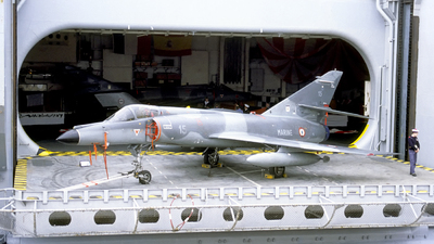 15 - Dassault Super Étendard - France - Navy