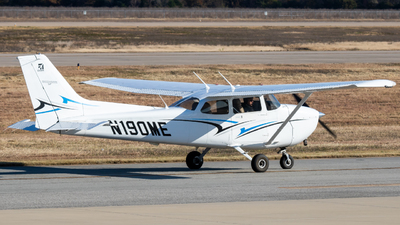 A picture of N190ME - Cessna 172S Skyhawk SP - [172S11190] - © Dayon Wong