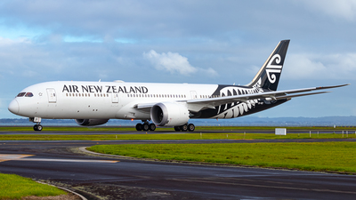 A picture of ZKNZF - Boeing 7879 Dreamliner - Air New Zealand - © Braedyn King
