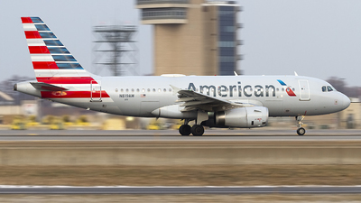 A picture of N819AW - Airbus A319132 - American Airlines - © Jeremy D. Dando