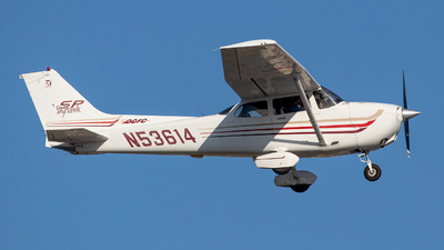 N53614 - Cessna 172S Skyhawk SP - Private