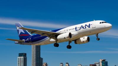 LV-BRA - Airbus A320-233 - LAN Argentina