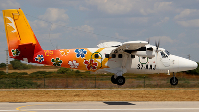 S7-AAJ - De Havilland Canada DHC-6-300 Twin Otter - Air Seychelles