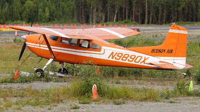 N9890X - Cessna 185 Skywagon - Private