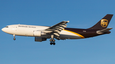 A picture of N150UP - Airbus A300F4622R - UPS Airlines - © Hamza Hasnat