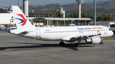 A picture of B1028 - Airbus A320214 - China Eastern Airlines - © xuhaoqing995