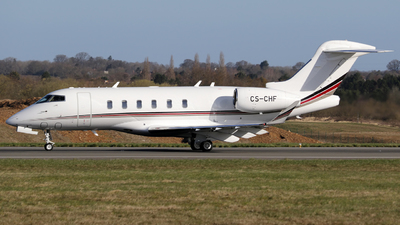 A picture of CSCHF - Bombardier Challenger 350 - NetJets - © Terry Figg