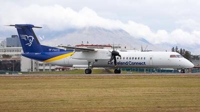 TF-FXA - Bombardier Dash 8-Q402 - Air Iceland Connect