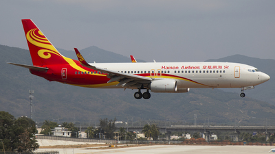 B-206H - Boeing 737-84P - Hainan Airlines