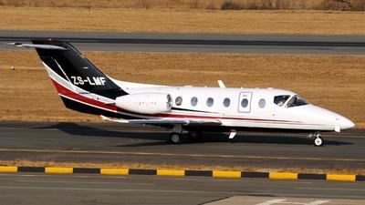 ZS-LMF - Hawker Beechcraft 400XP - Private