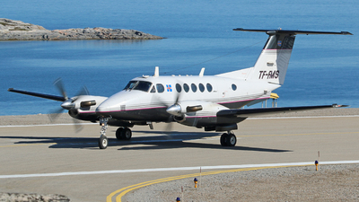 TF-FMS - Beechcraft B200 Super King Air - Isavia