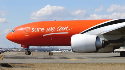 OO-TSB - Boeing 777-FHT - TNT Airways