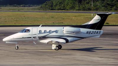 A picture of N620AS - Embraer Phenom 100 - Executive Flight Services - © Leonardo Carvalho