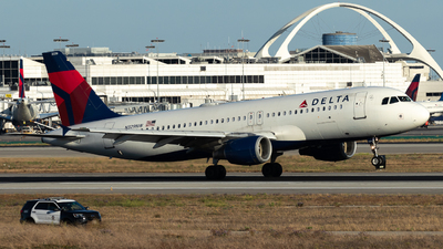 N329NW - Airbus A320-211 - Delta Air Lines