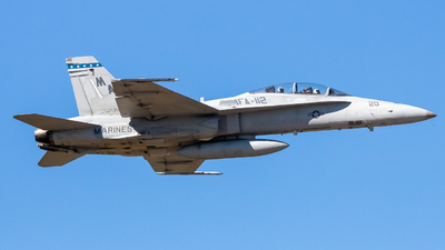 161733 - McDonnell Douglas F/A-18B Hornet - United States - US Marine Corps (USMC)