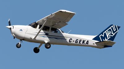 C-GEKA - Cessna 172R Skyhawk II - Mount Royal University