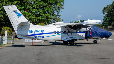 TI-BGM - Let L-410UVP-E20 Turbolet - SkyWay Costa Rica