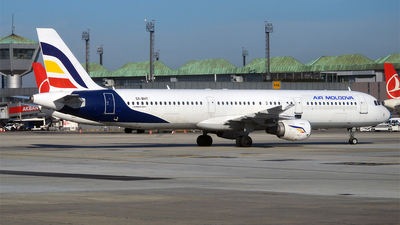 SX-BHT - Airbus A321-211 - Air Moldova (Olympus Airways)