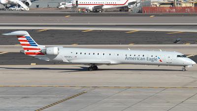 A picture of N913FJ - Mitsubishi CRJ900ER - American Airlines - © Jason Whitebird