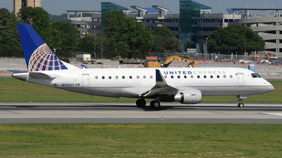 A picture of N165SY - Embraer E175LR - United Airlines - © DJ Reed - OPShots Photo Team