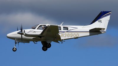 N3690D - Beechcraft 58P Baron - Private