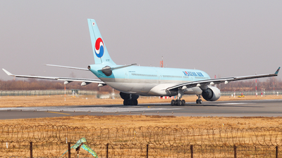 A picture of HL7587 - Airbus A330323 - Korean Air - © AGUIJUN-Lei