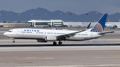 A picture of N68834 - Boeing 737924(ER) - United Airlines - © Yixin Chen