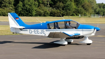 D-EEJE  - Robin DR400-180S - Private